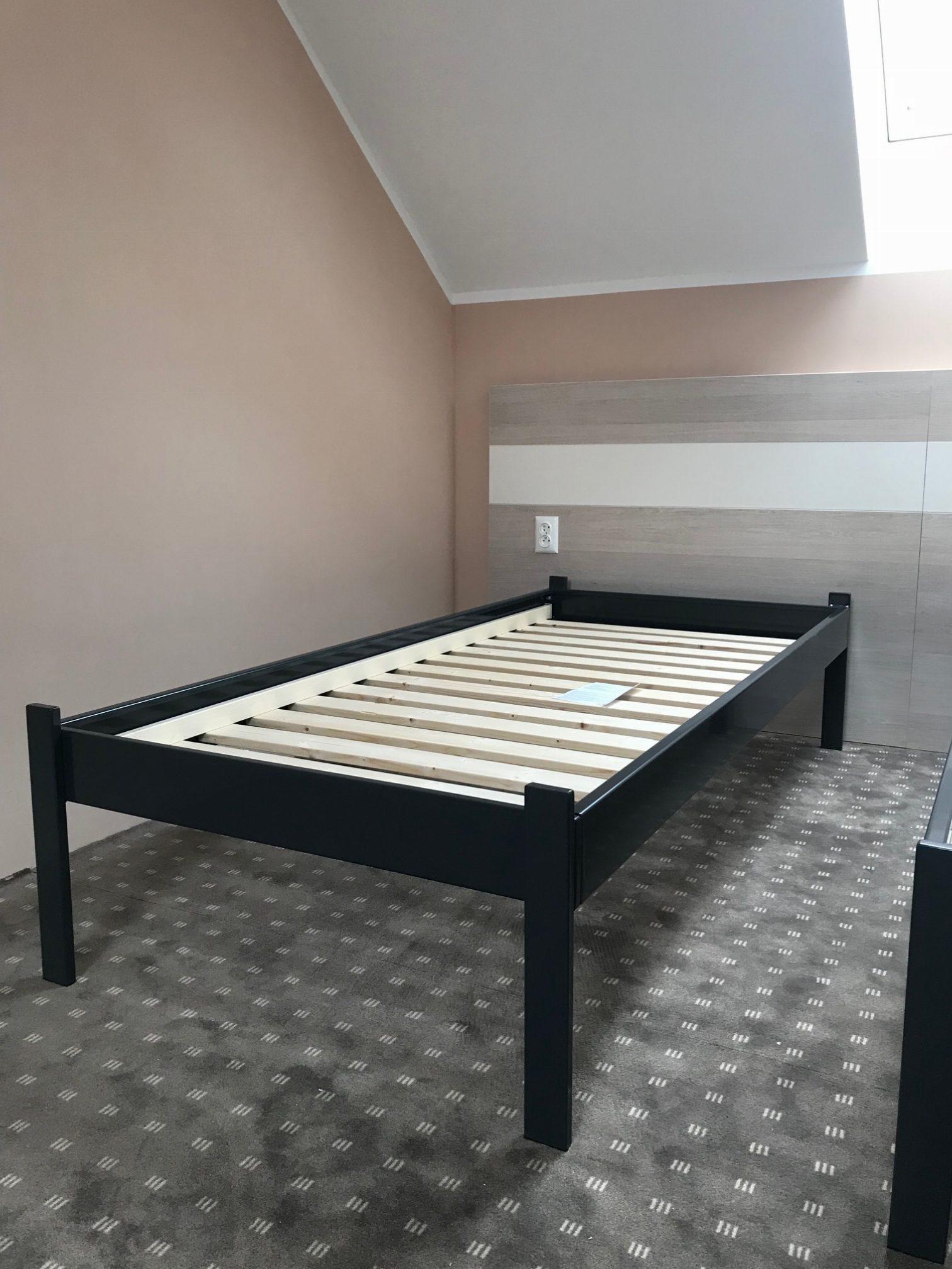 Oceľová postel Cubra