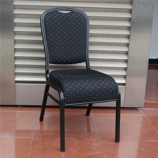 Cateringová banketová stolička luxus čierna